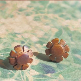 flower titanium earrings