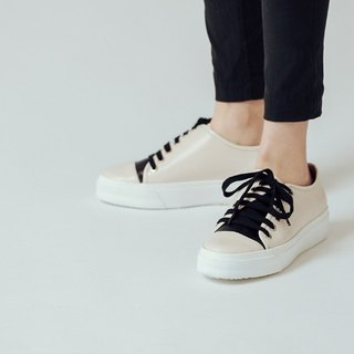 [Show products clear] thick rope straps beveled asymmetric structure leather casual shoes white