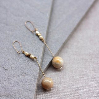Coral stone fine needle earrings