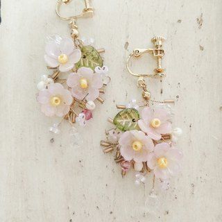 Momolico peach lily bouquet earrings three flowers can be changed