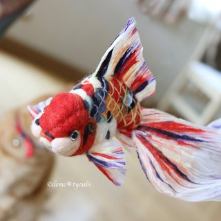 "Needle felted goldfish""Calico oranda"" 羊毛フェルト金魚 東錦"