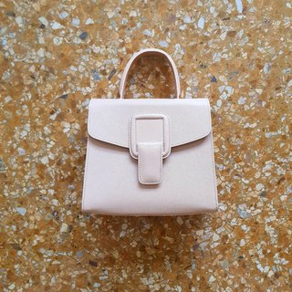 PINCH NO.1 (Sand 26 inches) Classic and Iconic Leather Handbag/Crossbody