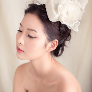 Sinamay percher hat with silk flower