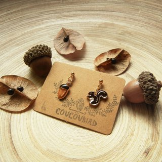 *coucoubird*squirrel's happy hour earrings