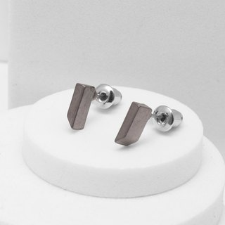 Recovery Thin Trapezoid Earrings (Black Silver)