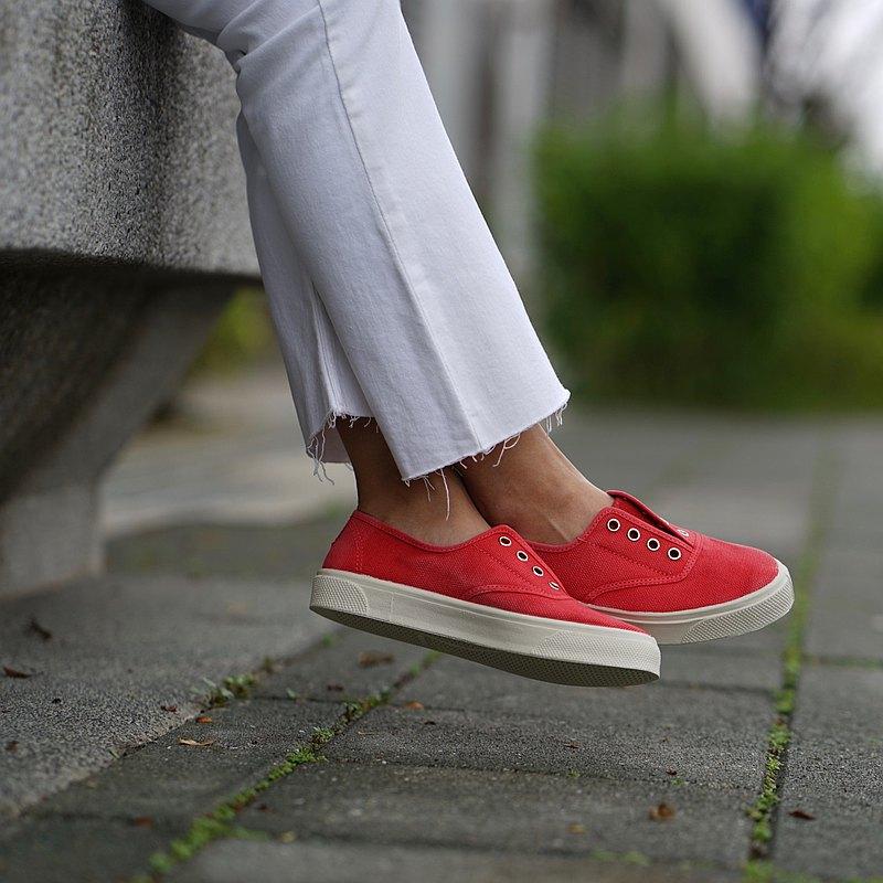 西班牙國民帆布鞋 CIENTA 10777 49 紅色 洗舊布料 大人