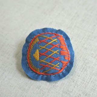 "Hand embroidery broach ""grid"""