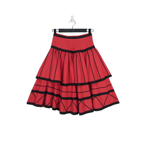 A‧PRANK :DOLLY :: Vintage VINTAGE red and black line modeling double cake skirt skirt S805019