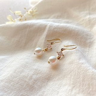 Summer snow-Brass pearl earrings