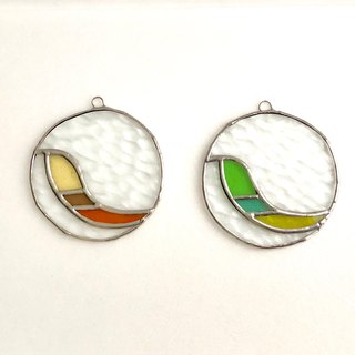 Stained glass sun catcher Oiseau 2 pieces set
