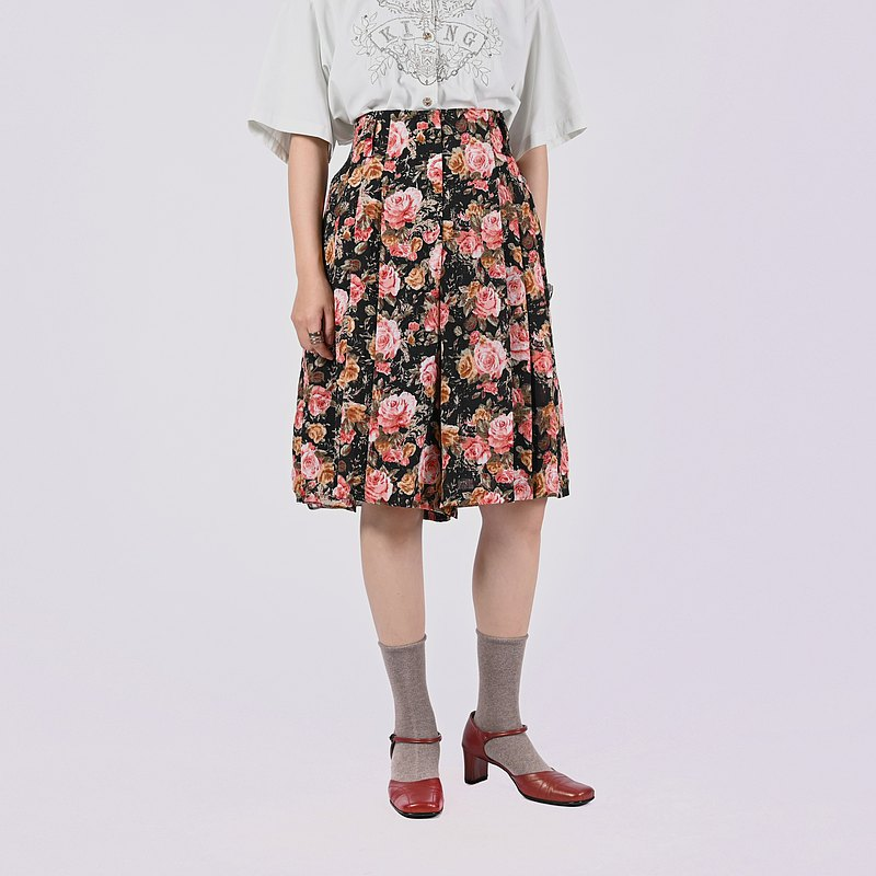 【蛋植物古著】宇宙薔薇打褶高腰古著短褲