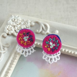 "Hand embroidery earring""Vivid circle1"""
