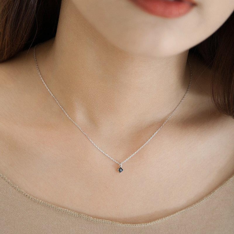 Black spinel _ square diamond cut | high-order natural stone | sterling silver necklace. Designer selection