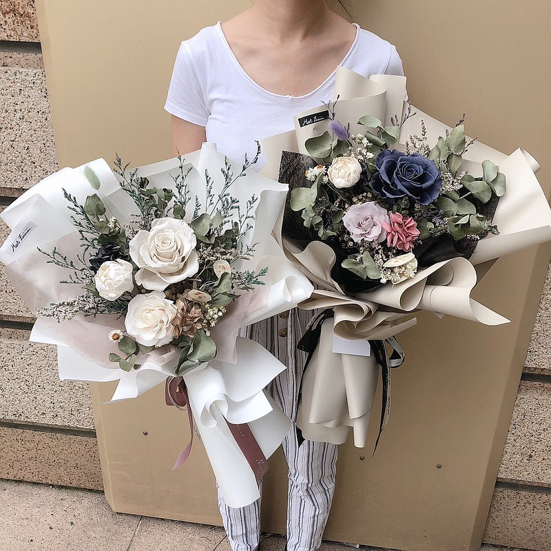 [Meet Everlasting] A total of 4 types of low-key classic flower bouquets