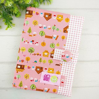 Three little pigs. Baby handbook mother book cloth book (free embroidery)