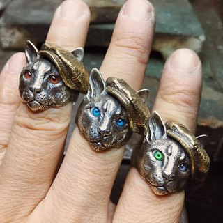 Exclusive Orders - Gentleman Eyes Cat Rings
