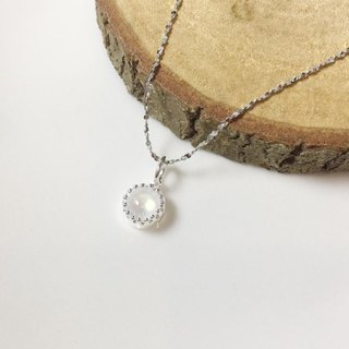 MH sterling silver natural stone necklace _ cream moonlight _ moonstone
