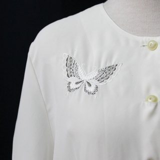 [RE0310T1855] Nippon elegant embroidered butterfly short-sleeved white shirt vintage
