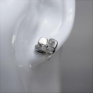 zo.craft four flower earrings / 925 sterling silver
