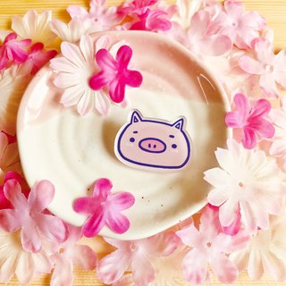 Acrylic brooch - cute pig