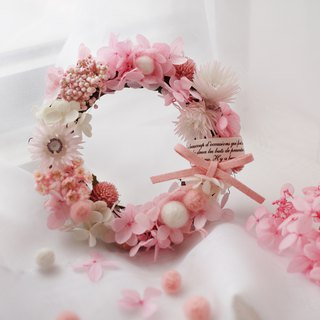 Wool felt ball wreath - powder