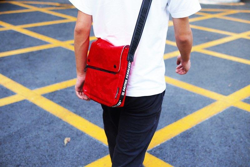 Faith& Fearless – Messenger Bag_Red