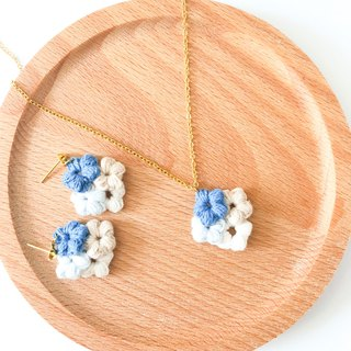 Vintage Blue Diamond Flower Earrings Necklace