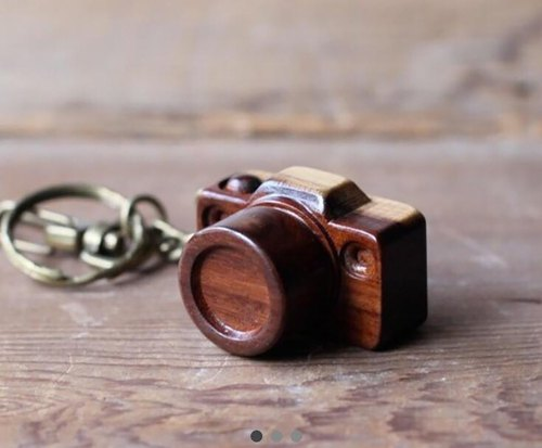 Handcrafted wooden miniature camera / Dual-core key ring