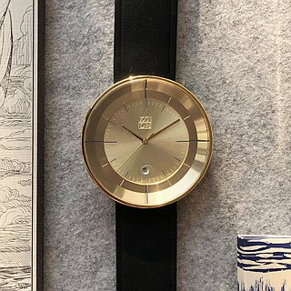FLOATING 3829 Light Can Aesthetics Watch - Gold