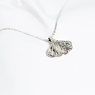 Zo.craft Ginkgo Necklace / 925 Sterling Silver