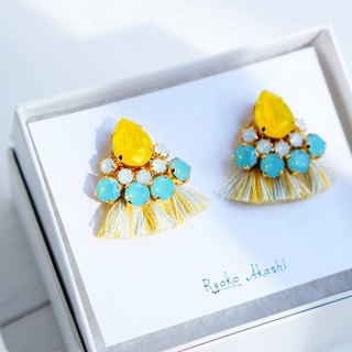 Silk and Swarovski post earrings/clip‐on イエローミックス