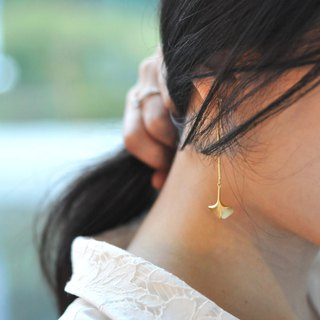 Ginkgo Leaf 18kgf Asymmetric Drop Earrings