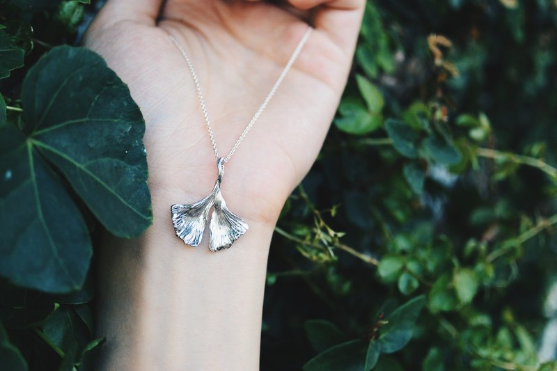 銀杏葉- 純銀項鍊 Ginkgo biloba-925 silver necklace