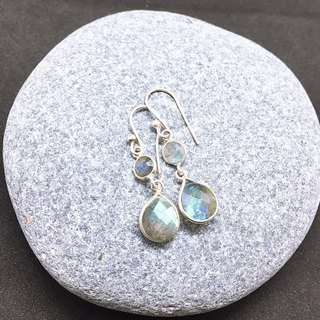 Labradorite Earrings Handmade in Nepal 92.5% Silver