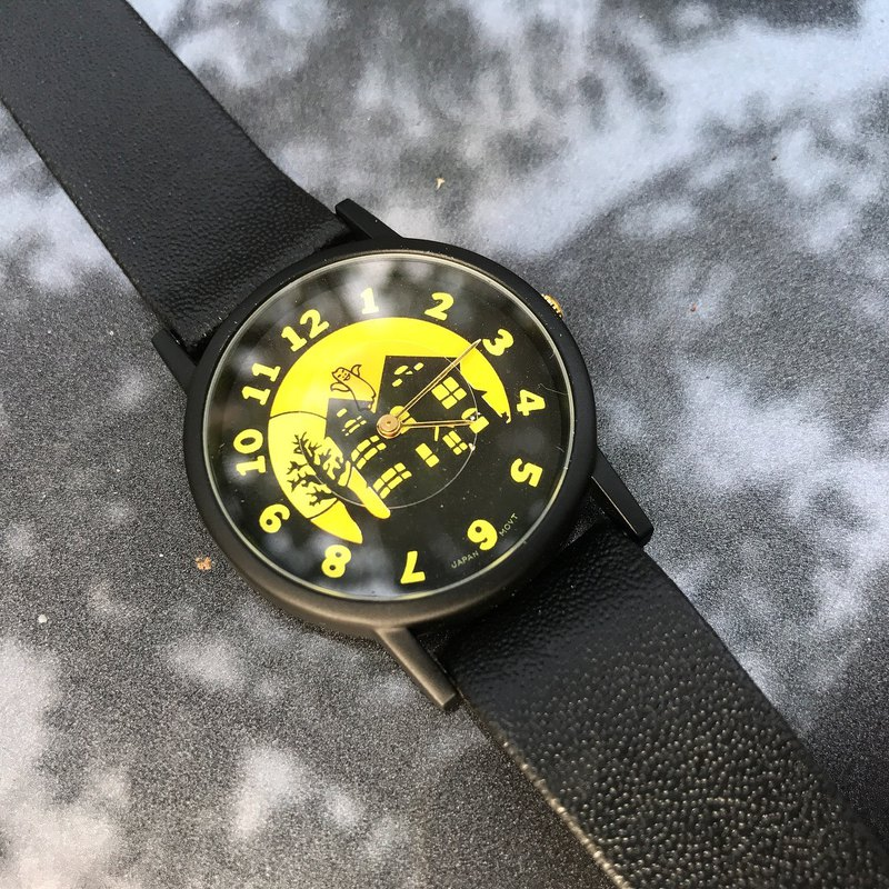 [Lost and find] old children's fun haunted house watch