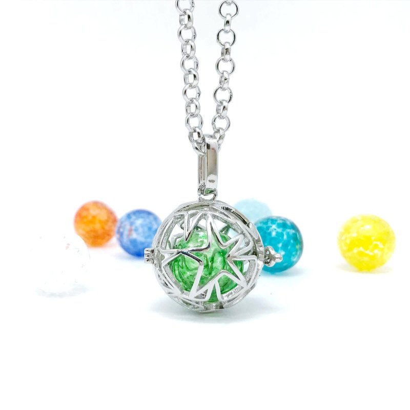 Diffuser Locket Necklace - Cutout Multi Star Sphere Inside 12mm Snowflake