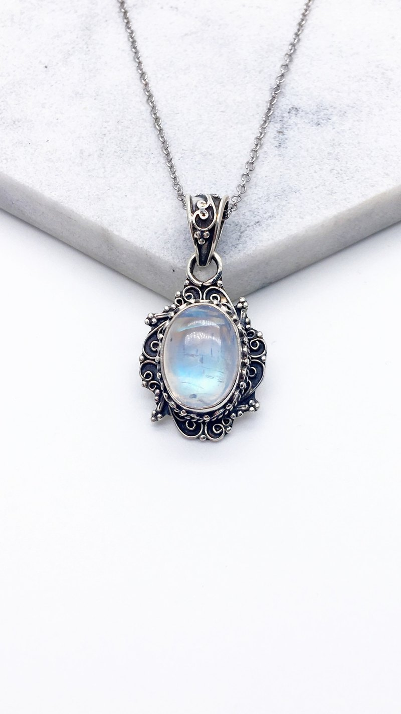 Moonstone Quartz Heavyweight Sterling Silver Necklace Nepal handmade inlaid - Style 1