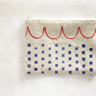 moshimoshi | Linen zipper cosmetic bag - Check neckline