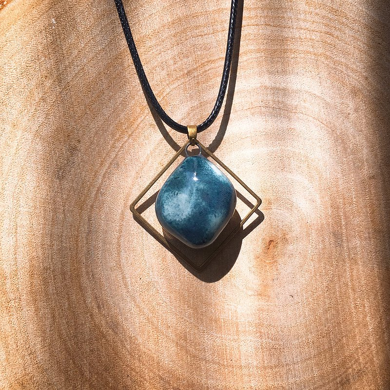 Handmade Pottery Perfume Essential Oil Necklace Blue Green Snowflake Geometric Shape