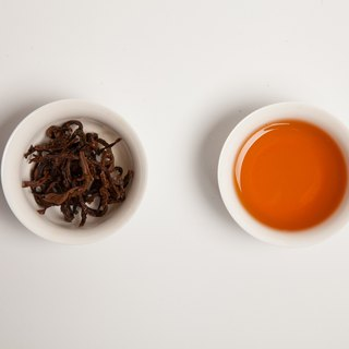 [Taiwan Blue Tea] Red Jade (naked packaging tea 150g / four two)