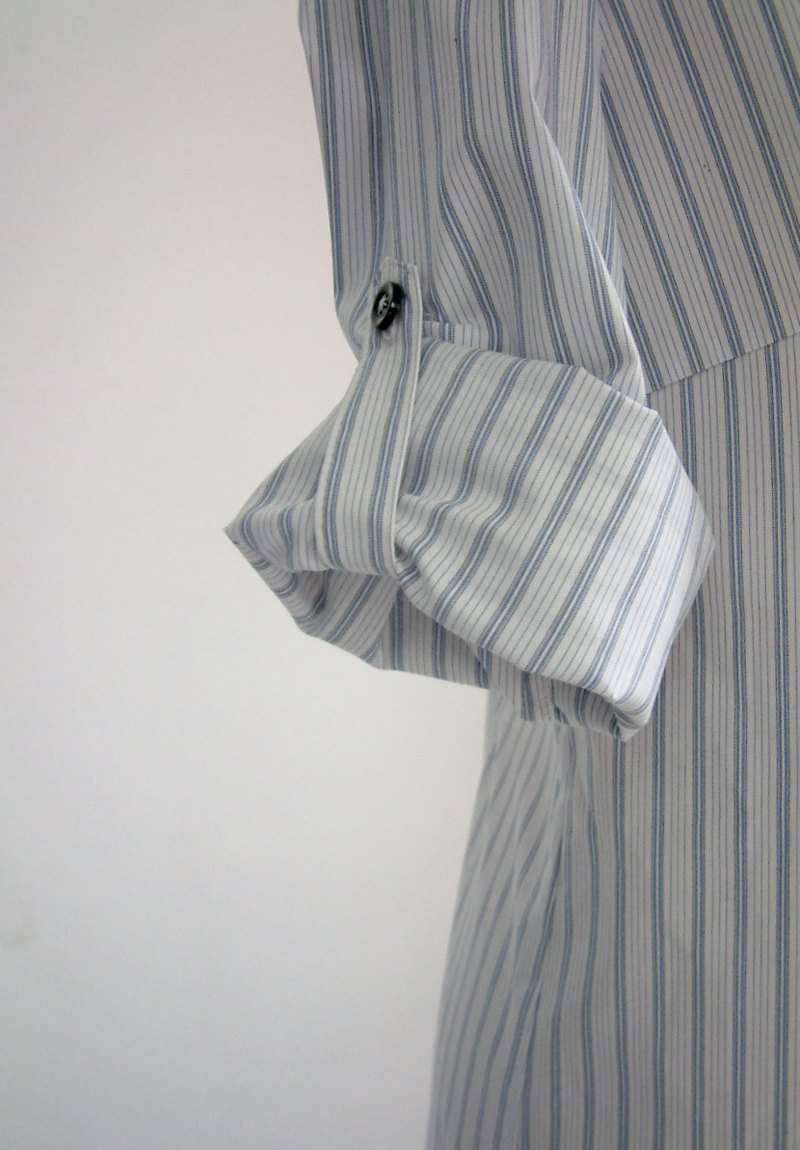 Long shirt-blue and white stripes