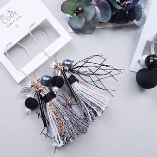 [early autumn series] black gauze swarovski crystal beaded tassel handmade earrings / ear clip