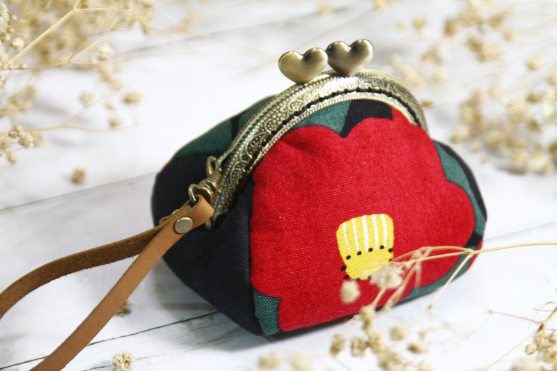 [Gi LAI]*Fully hand-stitched*8.5Cm four-piece pumpkin mouth gold bag-camellia/with gift box packaging