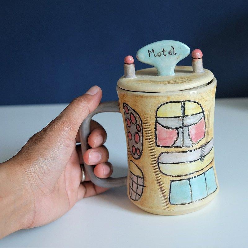 MOTEL - 陶瓷手工馬克杯 // 奶油色,深藍色