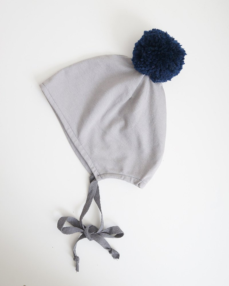 Bonbies navy blue POMPOM with light gray organic cotton handmade small hat suitable for babies 0-6 months