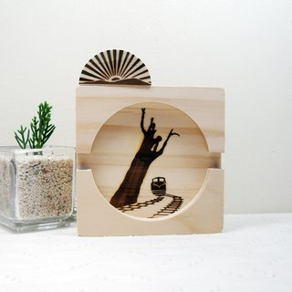 Taiwan National Forest Alishan Sunrise Shenmu Small Train Solid Wood Mobile Phone Holder Coaster Reel
