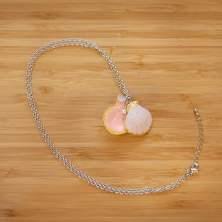 a little cute pink scallop handmade necklace from Niyome