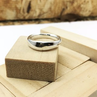 With round - sterling silver ring / fine version 04