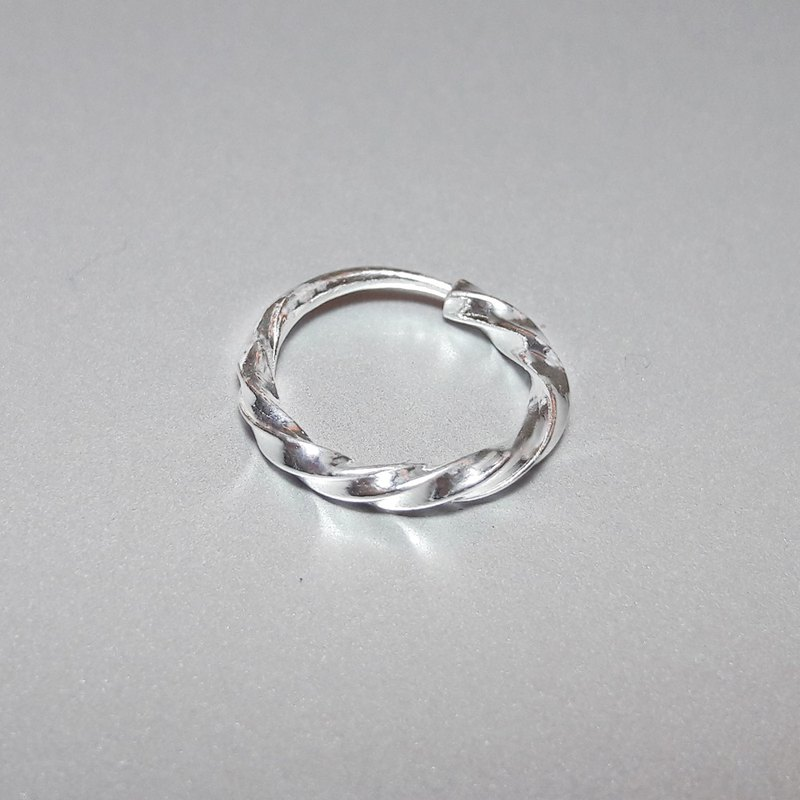 Coil circle [single] 925 sterling silver earrings (purchase 2 gift box packaging)