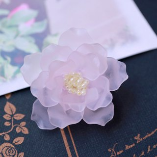 "Rose Brooch ""Royal Highness"""